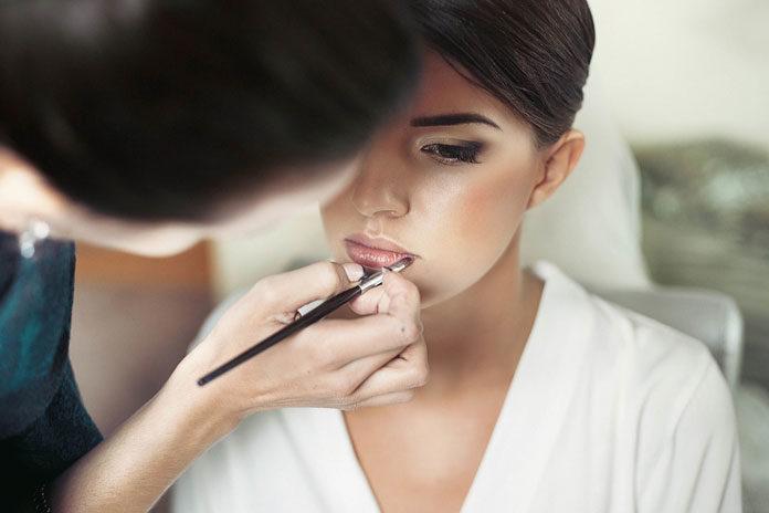 Olśniewający makijaż dla panny młodej