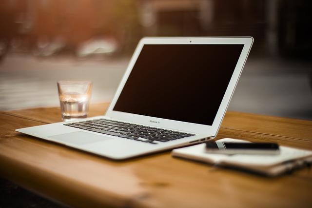 Bloger syty i czytelnik cały i zadowolony