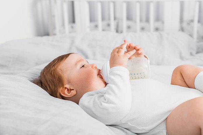 Jak należy przygotowywać mleko modyfikowane dla niemowlaka