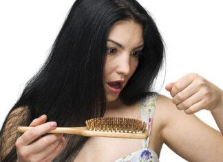 przerzedzonych włosach